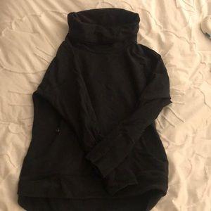 Black lululemon sweatshirt Sz 12
